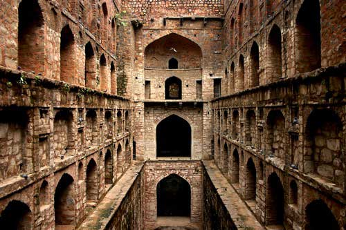 top-10-haunted-places-in-india-Agrasen-ki-Baoli