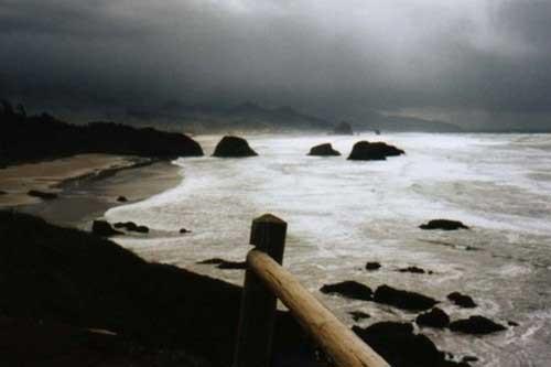 top-10-haunted-places-in-india-Dumas-Beach-Gujarat