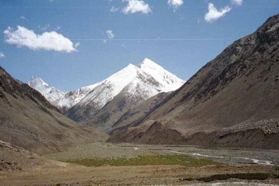 13-high-altitude-mountain-passes-Karakoram-Pass