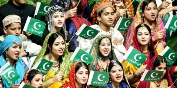 9-reason-to-visit-pakistan-Pakistan_cultural_celebrations