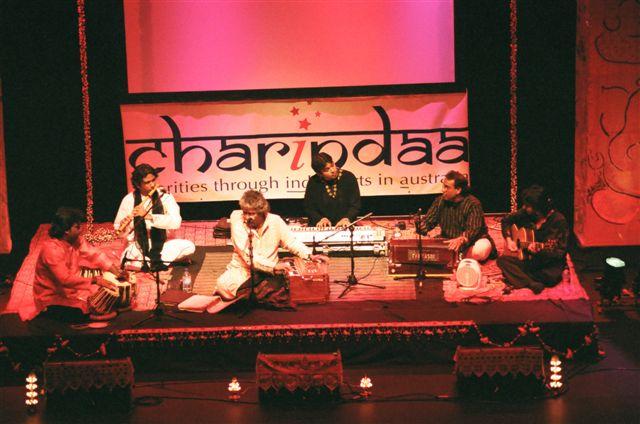 9-reason-to-visit-pakistan-abida_parveen_concert