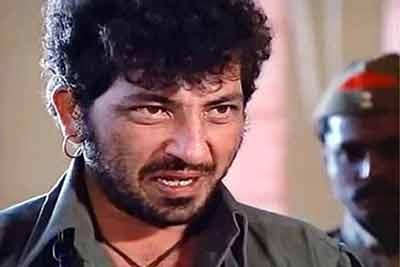 bollywood-top-10-villain-amjad-khan-april