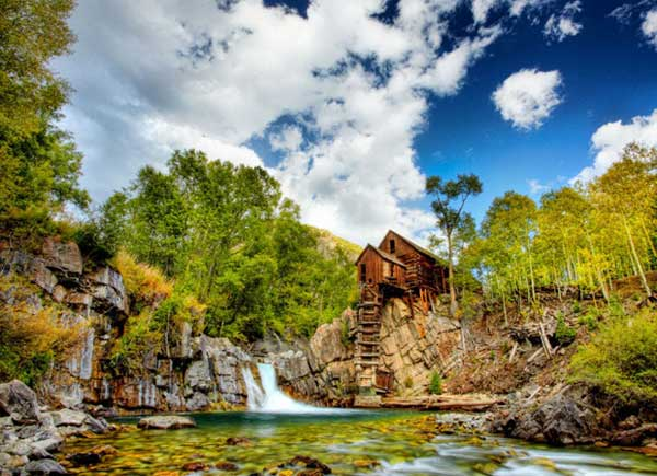 top-7-most-secluded-homes-in-world-The-Chrystal-Mill-Shake