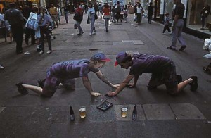 amazing-painting-on-streets-Self-portrait of artist with liquid refreshment