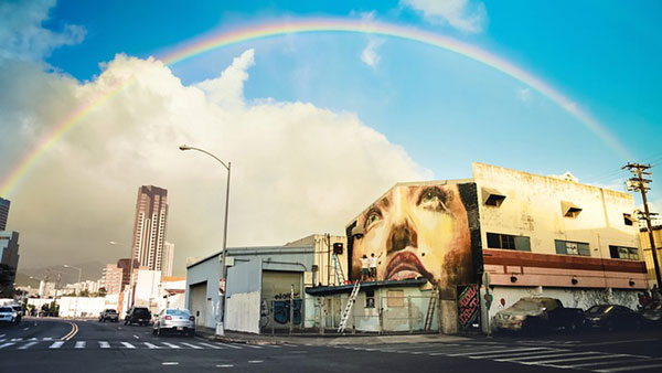 giant-street-art-around-the-world-in-pictures-1