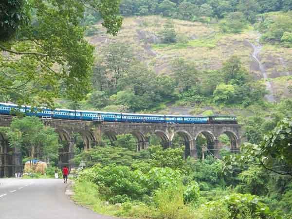 india-most-beautiful-rail-tours--5