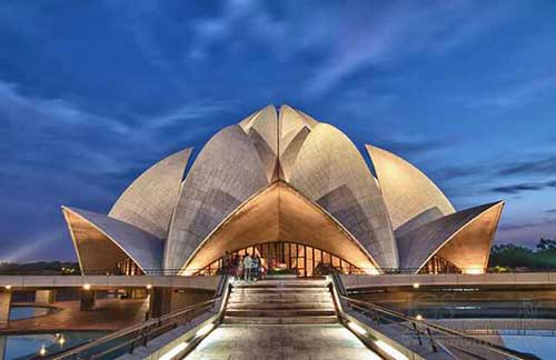 wonders-of-modern-architecture-lotus-temple
