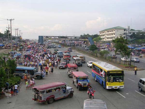 commonwealth-avenue-philippines
