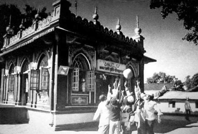 mysterious-place-in-india-maharashtra