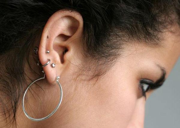 ear-piercing-hindu-custom