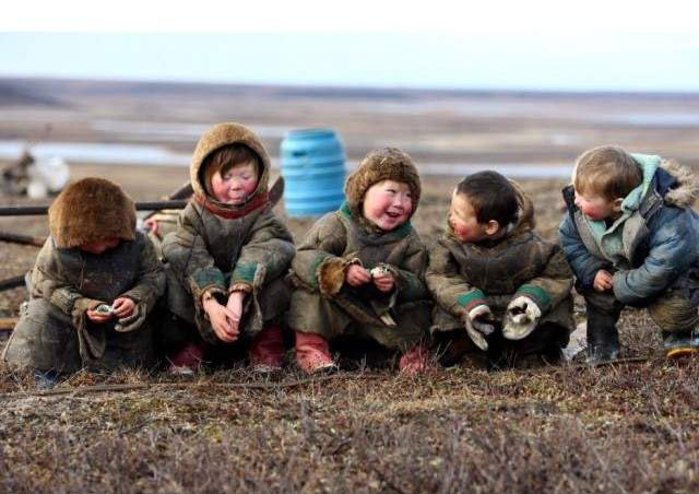 happy-children-live-at-polar-circle