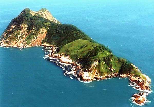 snake-island-ilha-de-queimada-grande