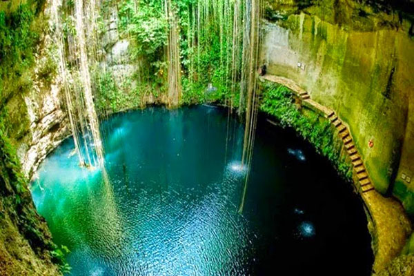 top-10-amazing-events-on-earth-underground-natural-springs-in-mexico