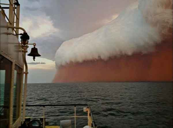 huge-dust-storm-in-western-australia