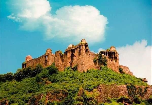 raisen-fort-in-bhopal