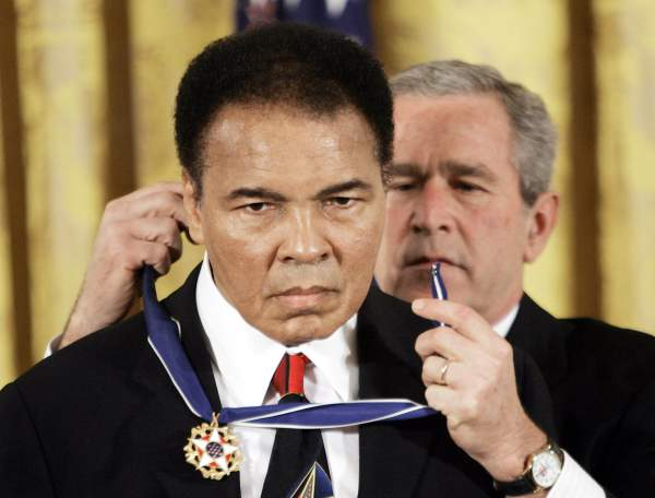 president-bush-presents-the-presidential-medal-of-freedom-to-muhammad-ali-in-2005