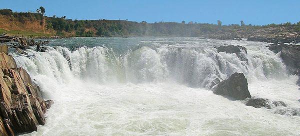 नर्मदा नदी पर जल प्रपात